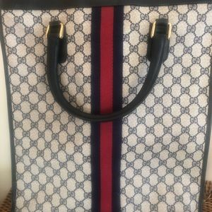 Bags - Authentic Gucci large tote bag
